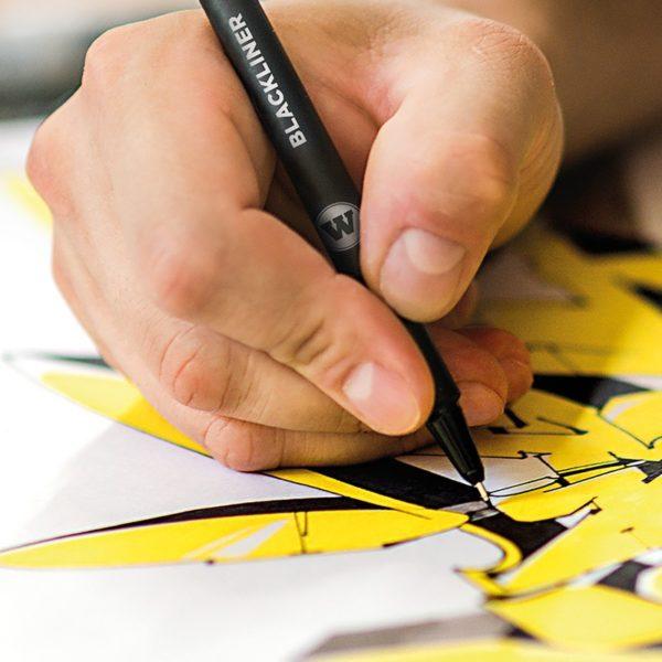 desenhando com caneta compactor
